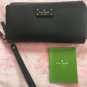 Kate Spade Anita Grove Street Black Wallet
